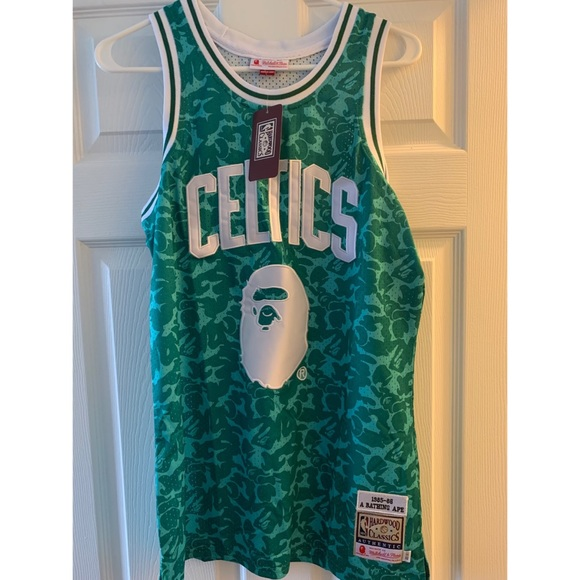the best attitude fbd3d f705c MITCHELL AND NESS BOSTON CELTICS X BAPE M NWT